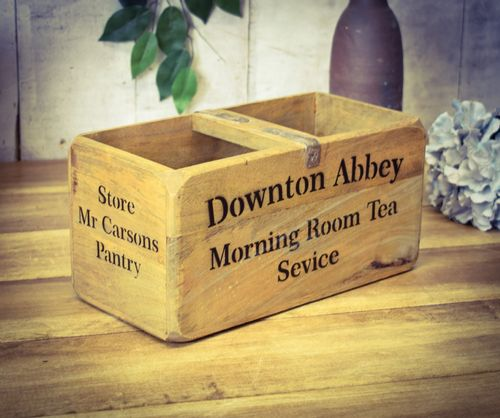Medium Vintage Box Downton Abbey